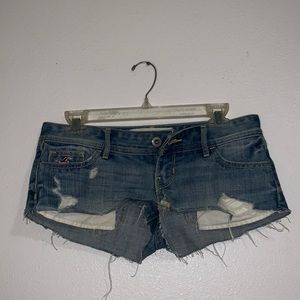 Hollister super cut-off shorts
